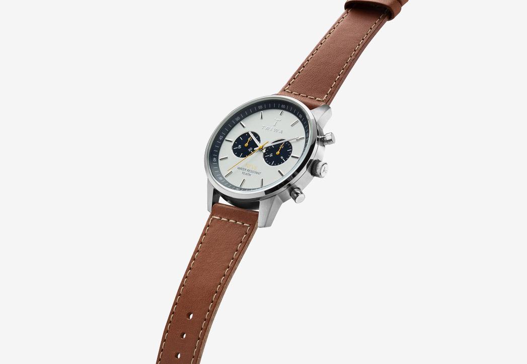 Triwa Ocean Nevil 2.0 — naramkove hodinky — panske — damske — modro-sedy cifernik — hnedy reminek — ocelove pouzdro