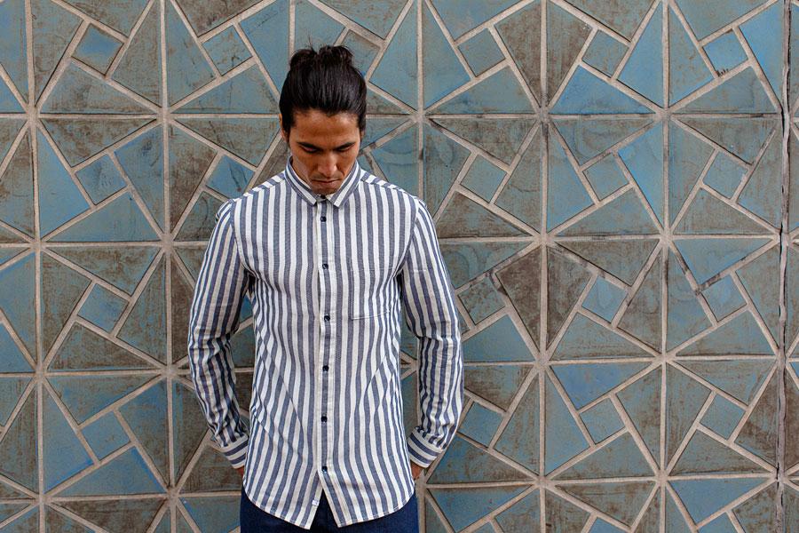 Anerkjendt — pánská bílá košile s modrými proužky — dlouhé rukávy