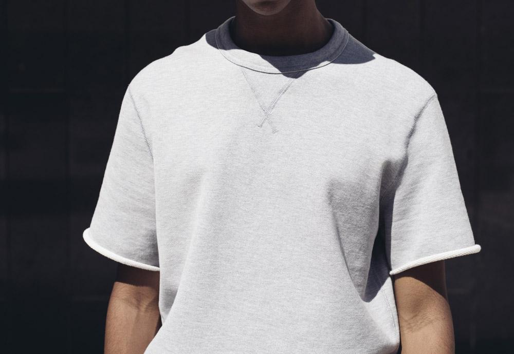 Converse Essentials — pánská šedá mikina — krátké rukávy