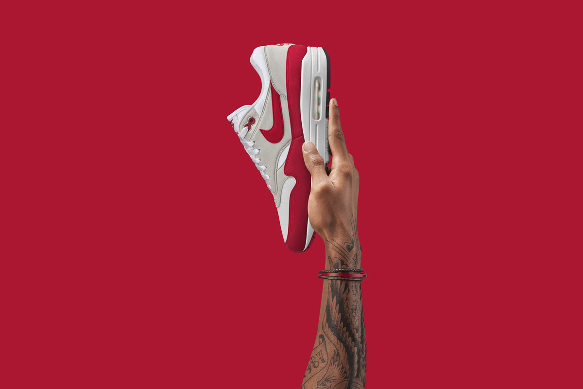 Nike Air Max 1 Anniversary — boty — tenisky — sneakers — červeno-šedé — Nike Air Max Day 2017
