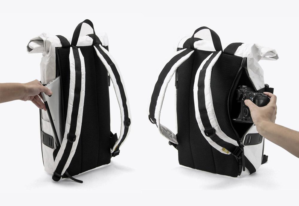 We Are Able — RollTop Tyvek — rolovací batoh na záda — backpack — bílý — mačkaný vzhled — zadní úložný prostor