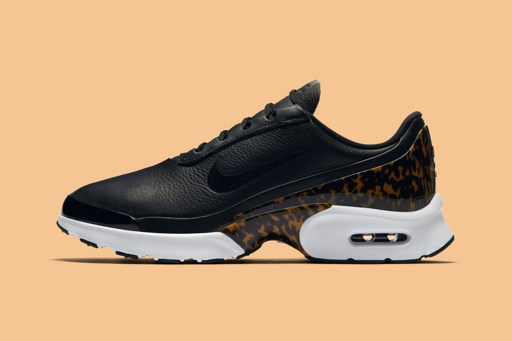 Nike Air Max Jewell LX — dámské boty — tenisky — sneakers — černé 8dc8ebd961