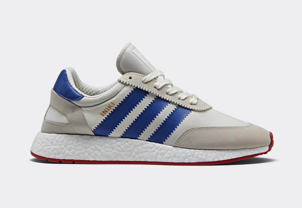 adidas Originals Iniki runner — 70' retro tenisky — pánské, dámské — boty — sneakers — smetanově bílé, krémové, modré — červená podrážka — White/Blue/Core Red