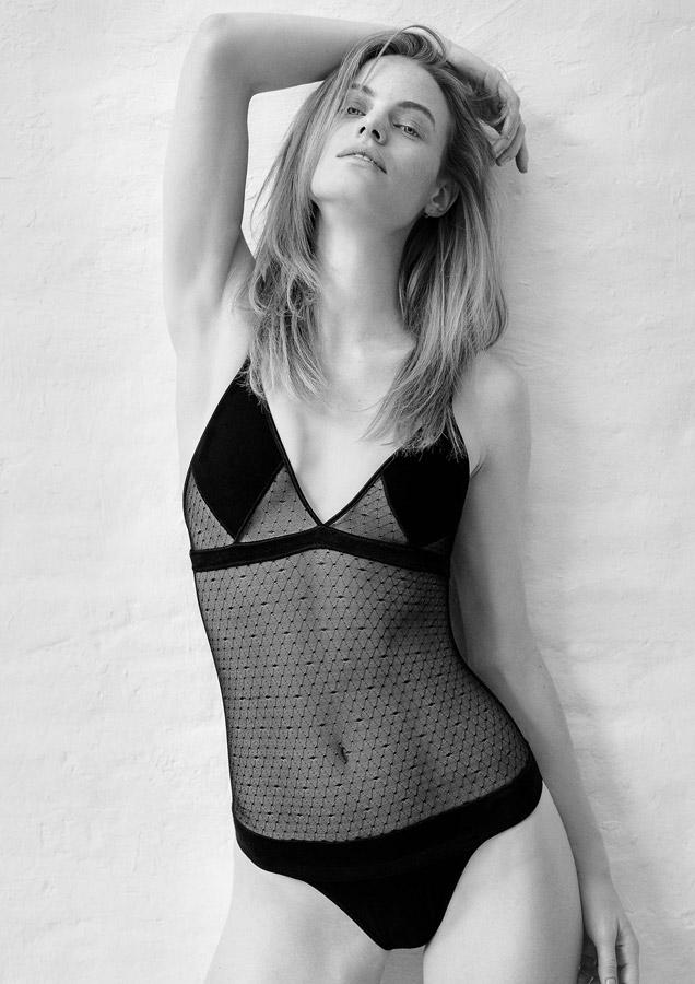 Aikyou — černé dámské body Greta — průsvitné — bavlněné dámské spodní prádlo — luxusní — sustainable — underwear — lingerie