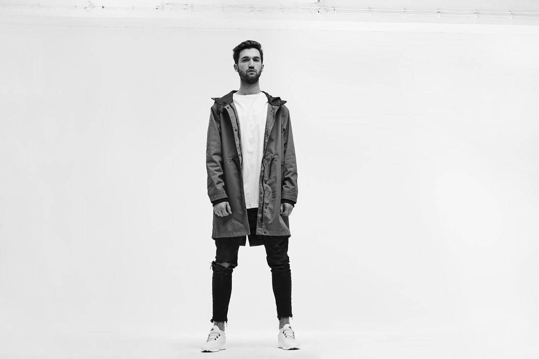Ortiz — pánská parka s kapucí — Wolves — fishtail — dlouhá jarní bunda