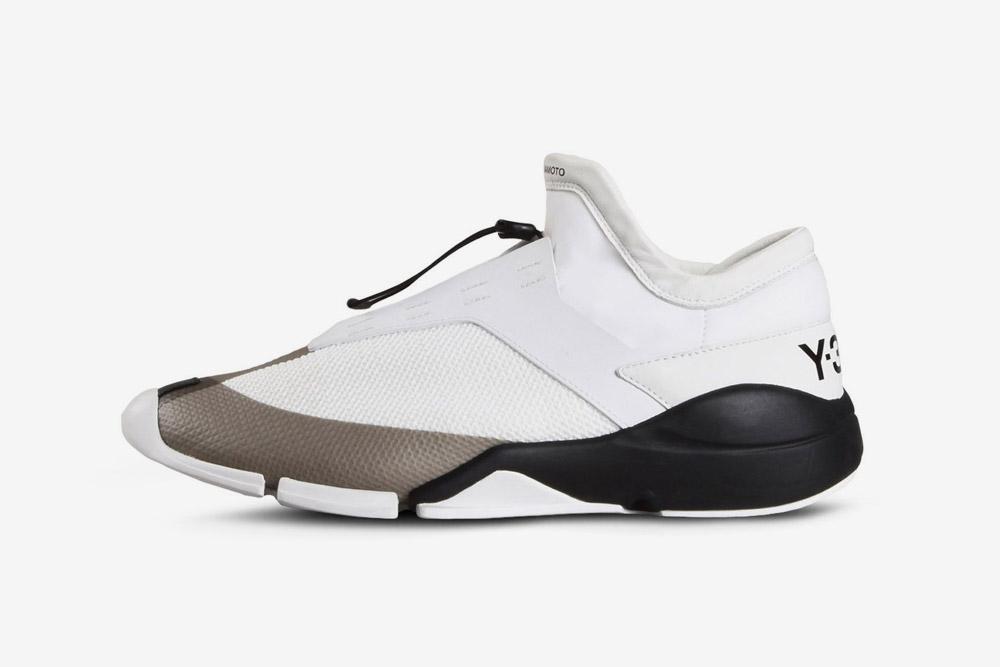 Y-3 — Future Low — sneakers — white — futuristické boty — tenisky — bílé — luxusní