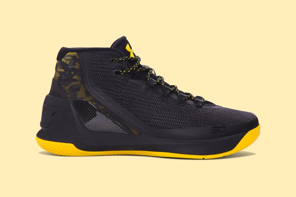Under Armour Curry 3 — basketbalové boty — kotníkové — pánské — tenisky — sneakers — černé, žlutá podrážka (black, yellow)