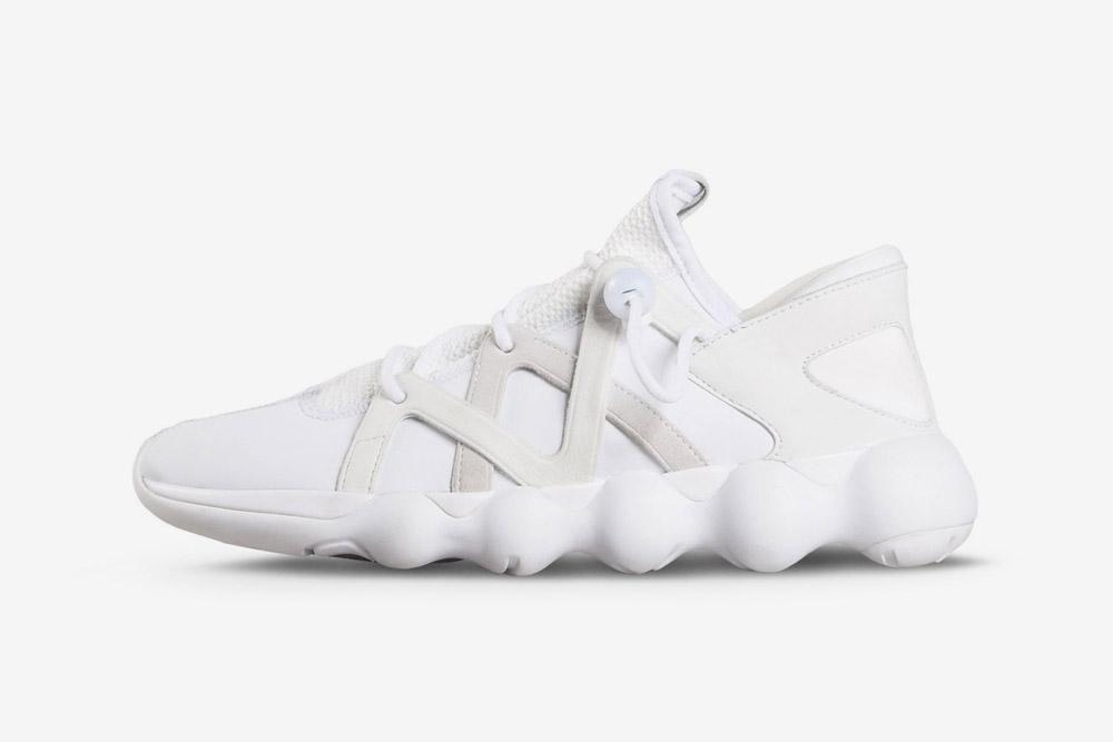 Y-3 — Kyujo Low — sneakers — white — futuristické boty — tenisky — bílé — luxusní