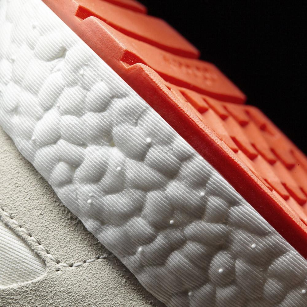 adidas Originals Iniki runner — 70' retro tenisky — červená podrážka — detail