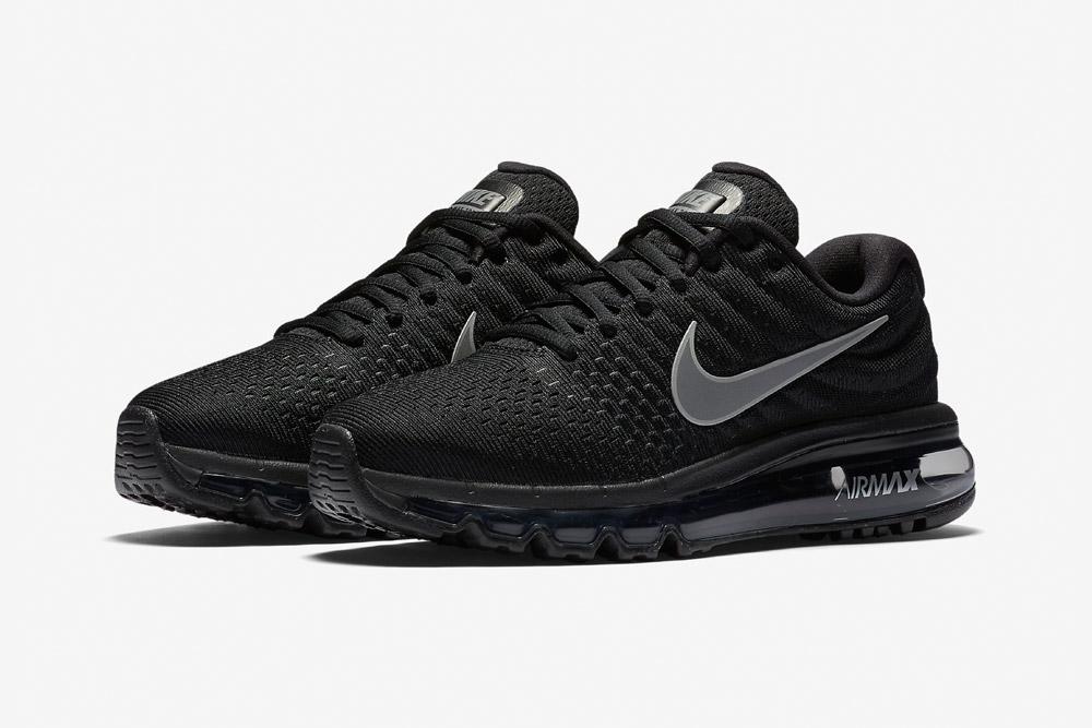 Nike Air Max 2017 — dámské běžecké boty — sneakers — tenisky — černé (black)