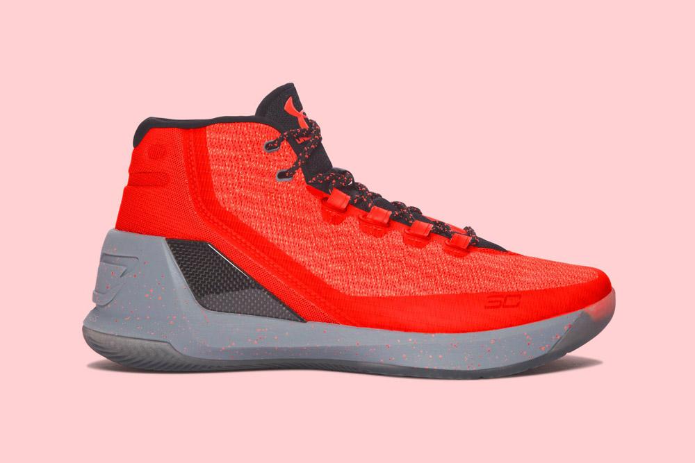 Under Armour Curry 3 — basketbalové boty — kotníkové — pánské — tenisky — sneakers — červené, šedá podrážka (red, grey)