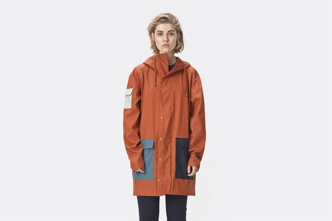 Rains LTD. — oranžový pršiplášť s kapucí — pláštěnka — raincoat — nepromokavá bunda — dámská — jaro/léto 2017