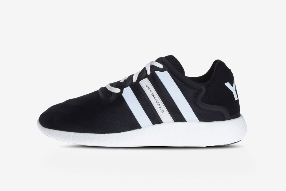 Y-3 — Yohji Run — sneakers — black — futuristické boty — tenisky — černé — luxusní