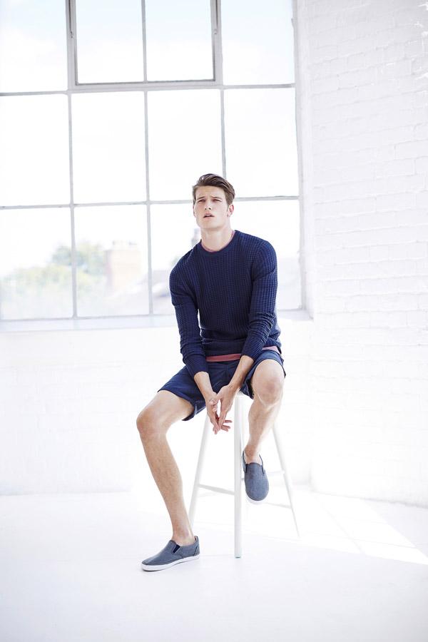 Bench — pánský modrý svetr — kraťasy modré, pánské