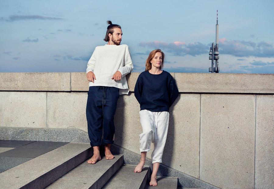 Lněné oblečení české značky K.BANA na jógu a pro volný čas