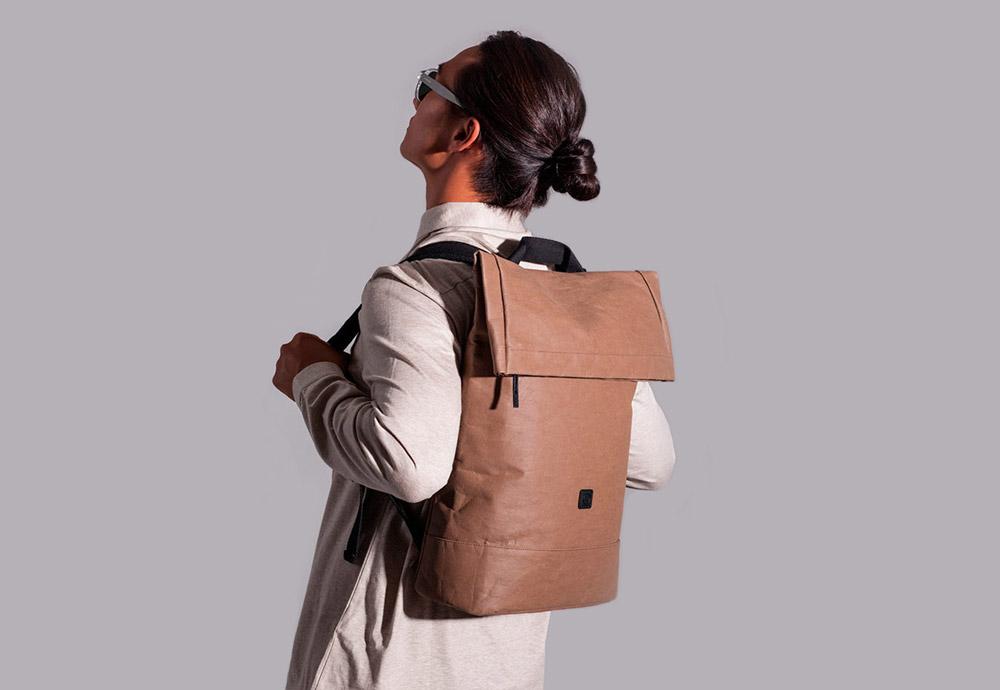 88027cd30fe Batohy a tašky Ucon Acrobatics z bavlny a celulózy — série Paper