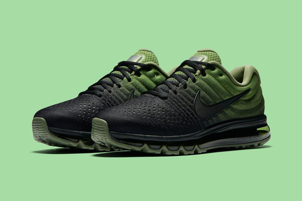 Nike Air Max 2017 — pánské boty — běžecké — tenisky — sneakers — černé, zelené (black, green)