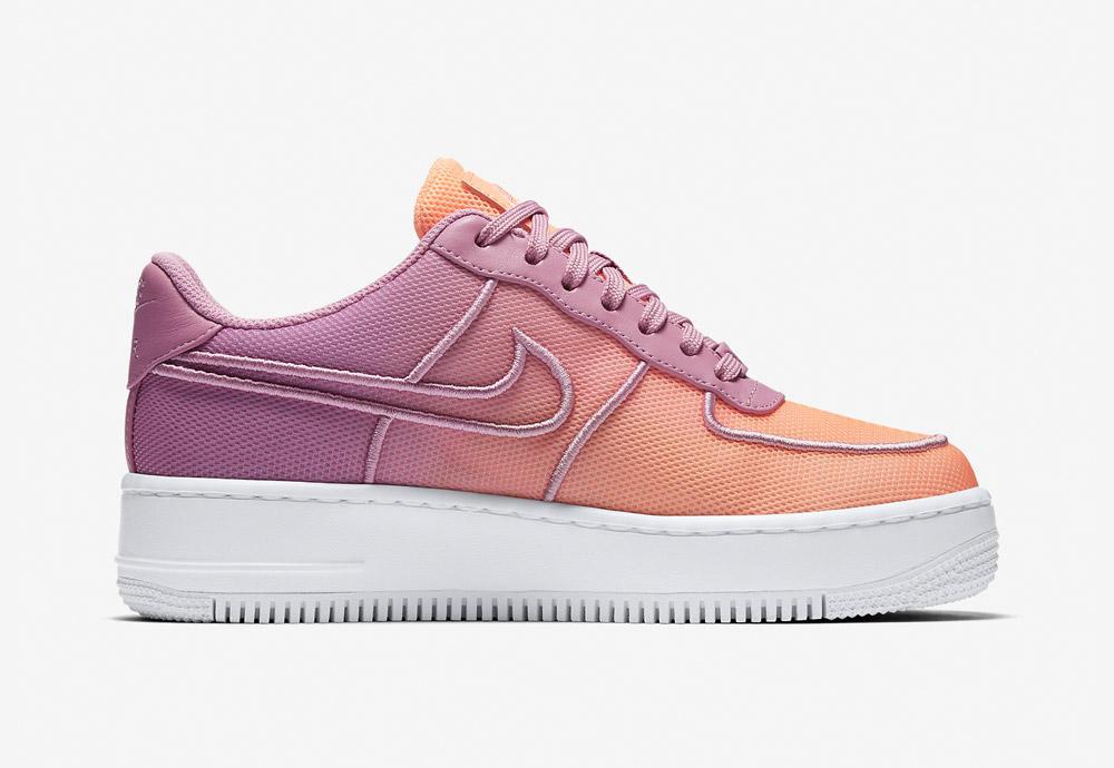 Nike Air Force 1 Low Upstep BR — tenisky na platformě — dámské — boty — sneakers — meruňkové, oranžovo-fialové