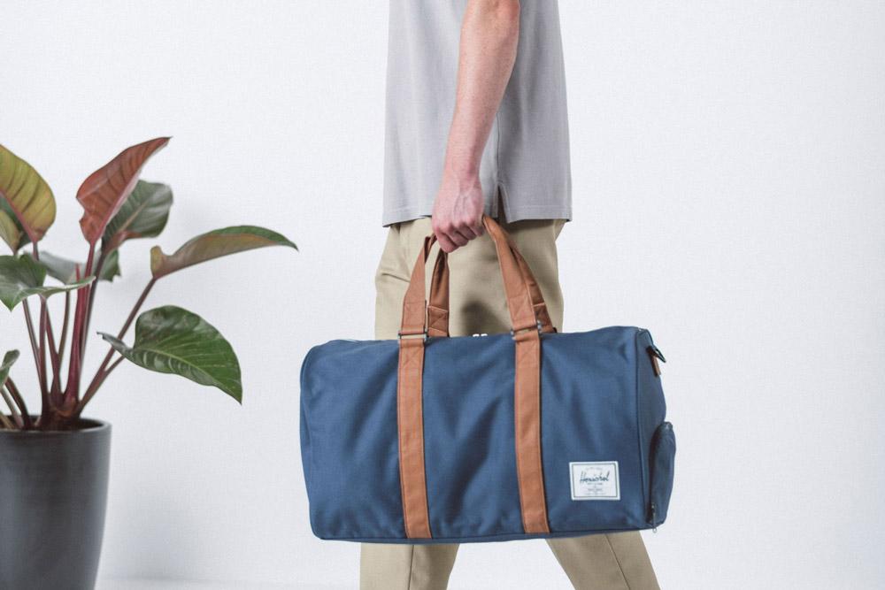 Herschel Supply — cestovní taška — Novel Duffle — modrá — lookbook léto (summer) 2017
