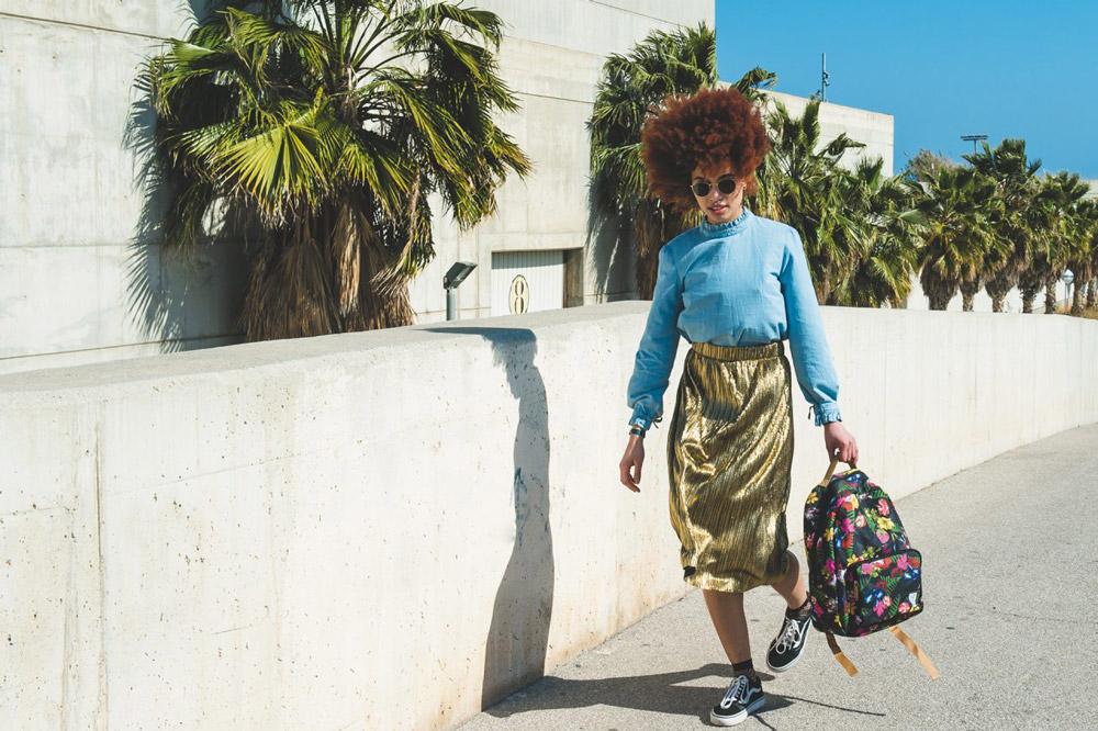 The Pack Society — barevný batoh s květinovým vzorem — plátěné batohy — jaro/léto 2017