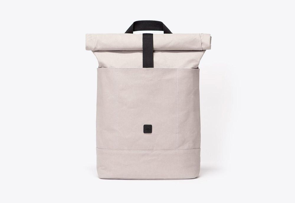 Ucon Acrobatics — batoh — roll-top — krémový, šedý — veganský z celulózy a bavlny — Hadwin Backpack — kolekce Paper