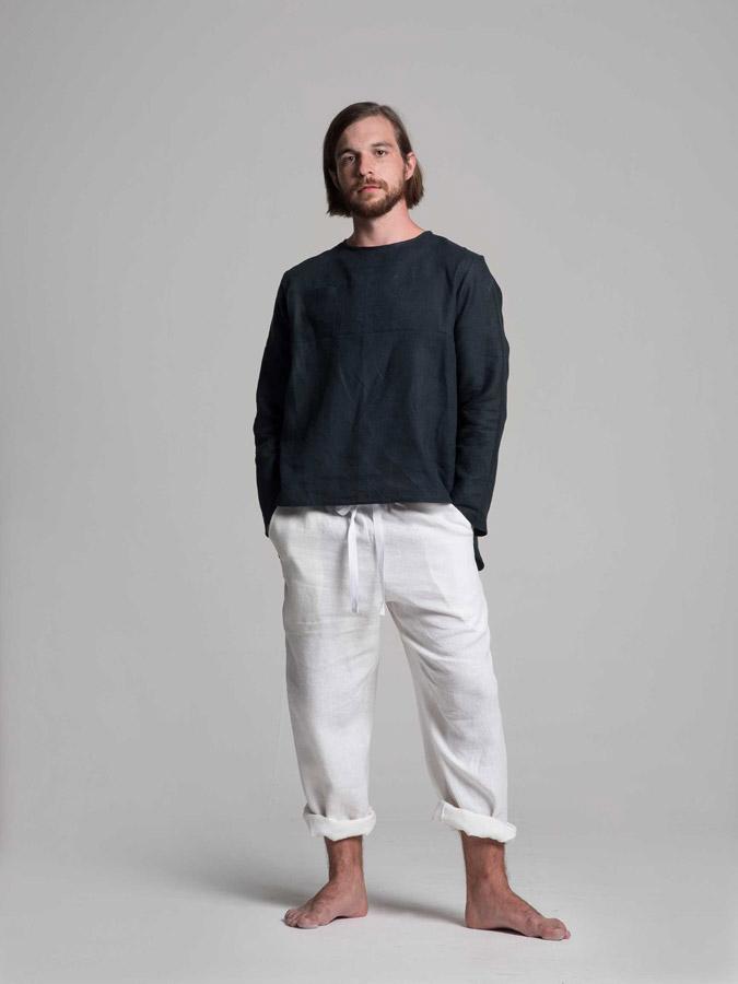 K.BANA — pánská lněná košile (tmavě modrá) — pánské lněné šortky (bílé)