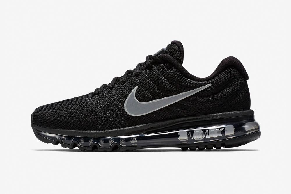 Nike Air Max 2017 — pánské boty — běžecké — tenisky — sneakers — černé (black)