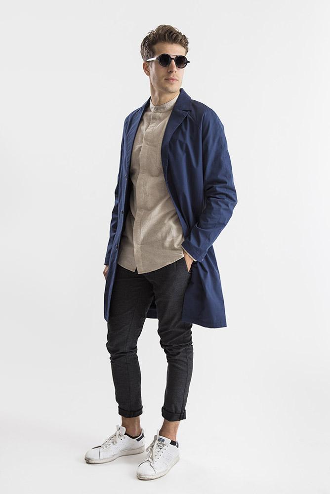 RVLT — modrý jarní/letní kabát — pánský — tmavě šedé kalhoty — pánské