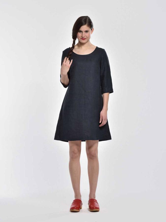 bd3b1111ce6 K.BANA — letní šaty nad kolena — rukávy pod lokty — tmavě modré ...