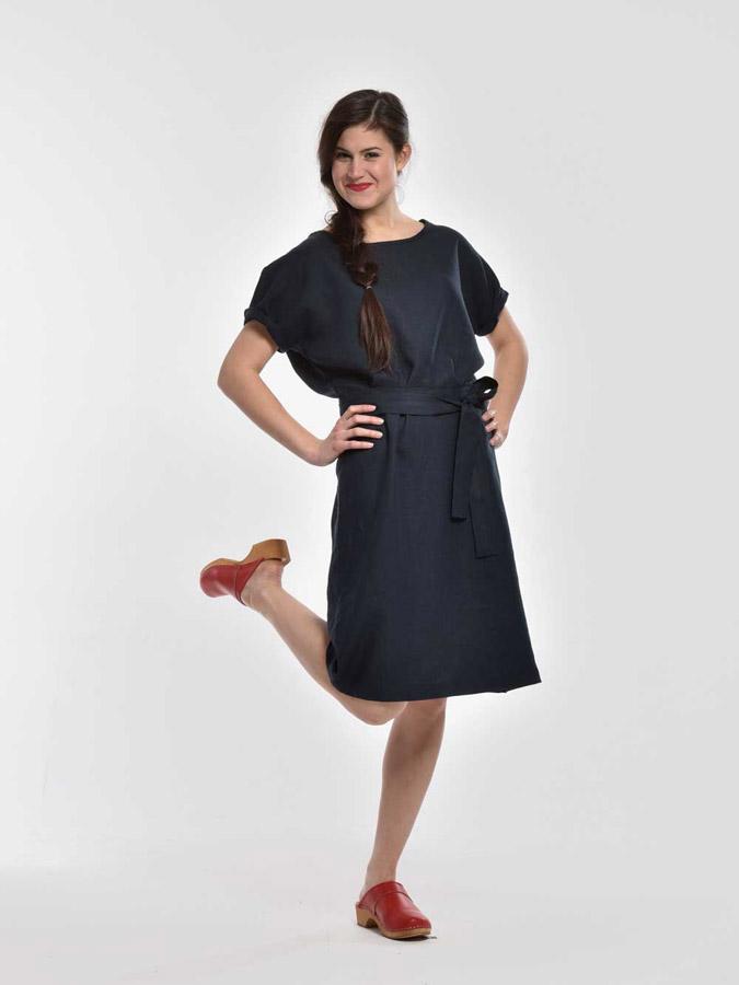 K.BANA — letní šaty ke kolenům — krátké rukávy — tmavě modré — dámské