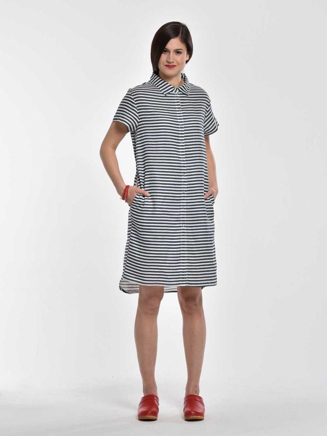 K.BANA — pruhované letní šaty nad kolena, s límečkem a knoflíčky — modro-bílé — dámské