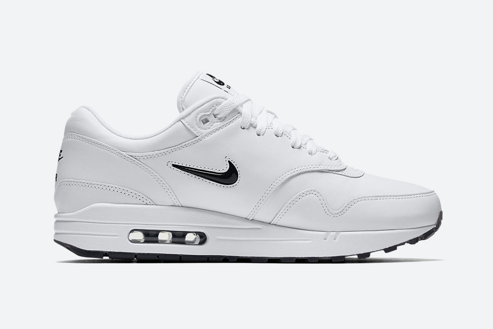 Nike Air Max 1 Premium Jewel White — Black Diamond — boty — tenisky — sneakers — bílé — černý diamant
