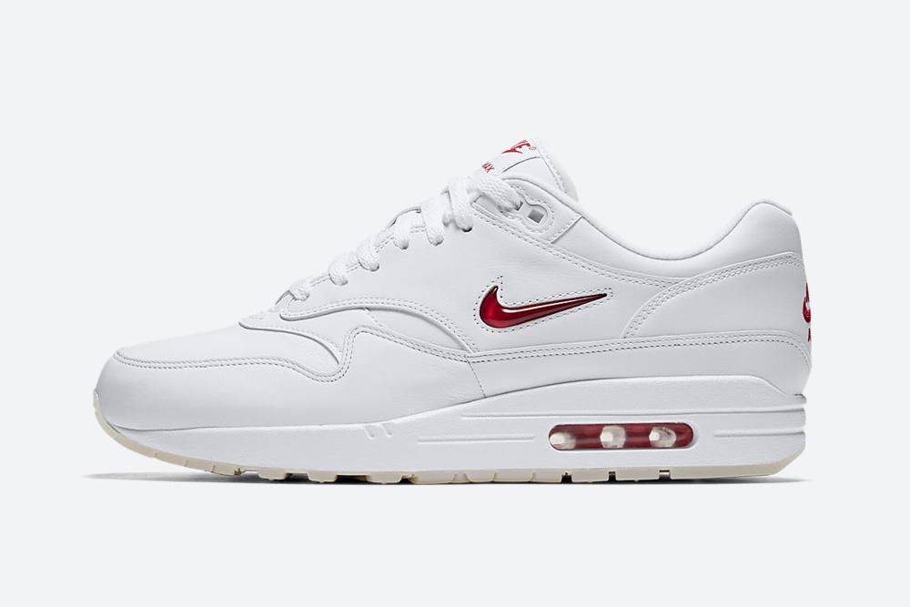 Nike Air Max 1 Premium Jewel White — Rare Ruby — boty — tenisky — sneakers — bílé — vzácný červený rubín