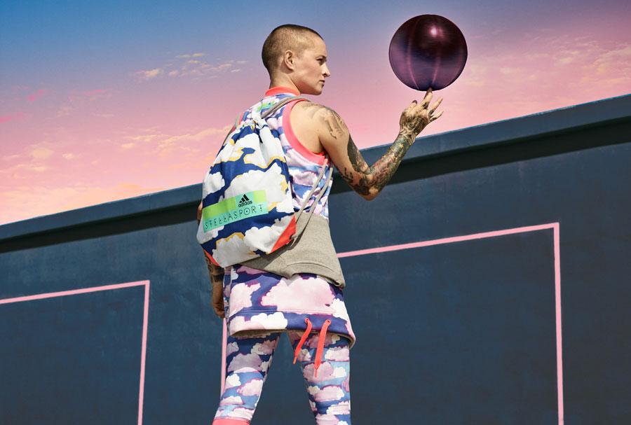 adidas StellaSport — dámské sportovní oblečení — podzim/zima 2017 — legíny s obláčky — pytel na záda, gym bag