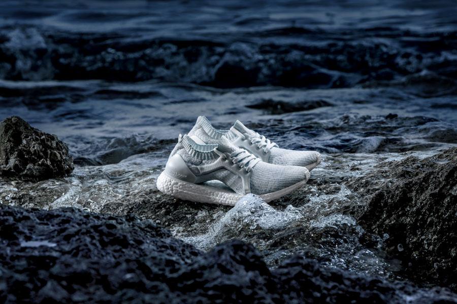 adidas UltraBOOST X Parley — běžecké boty — recyklované — světle modré