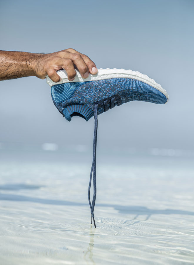 adidas UltraBOOST Uncaged Parley — běžecké boty — recyklované — tmavě modré