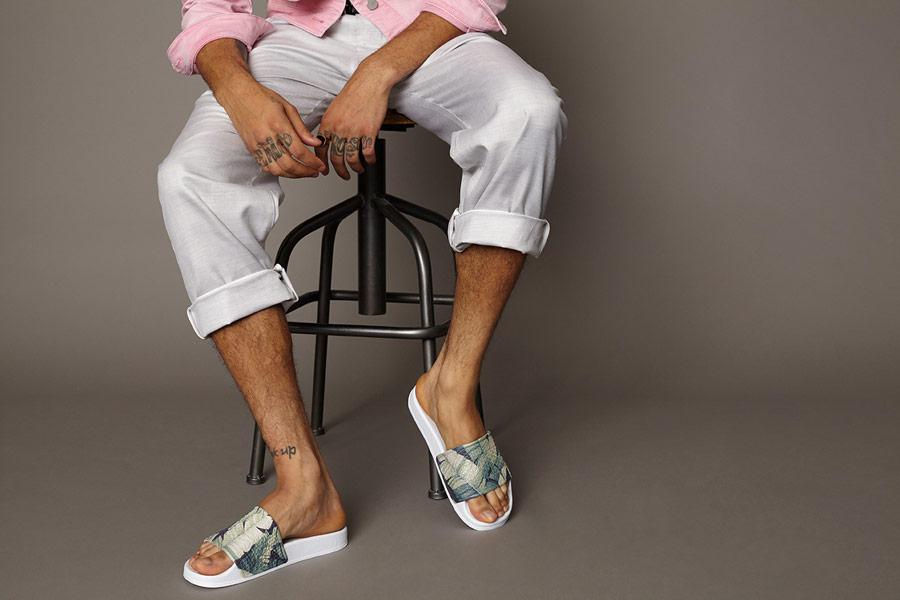 Slydes — letní pantofle se vzorem — bílá stélka — pánské, dámské — nazouváky (slides)