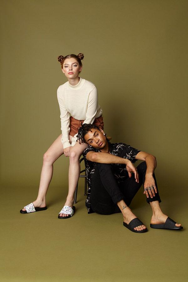 Slydes — letní pantofle — dámské, pánské — nazouváky (slides)