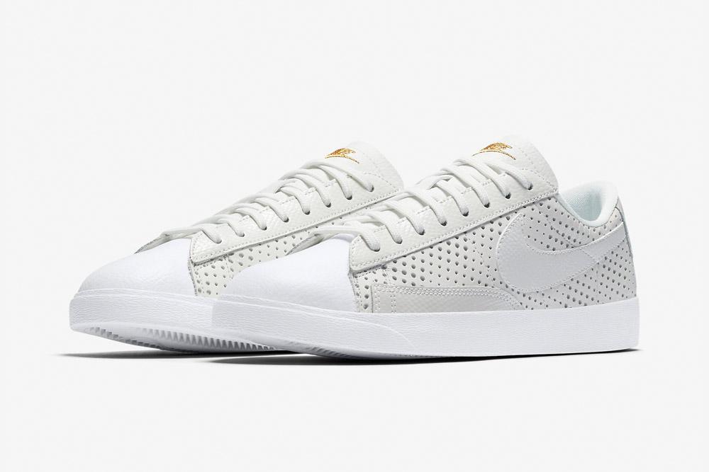 Nike Beautiful x Powerful x Elaine Thompson — Nike Blazer Premium Low QS — dámské tenisky — boty — sneakers — bílé