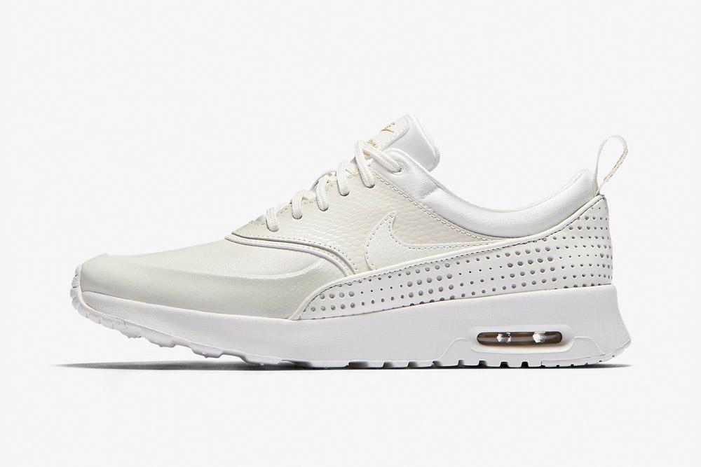Nike Beautiful x Powerful x Elaine Thompson — Nike Air Max Thea SE Premium — dámské tenisky — boty — sneakers — bílé