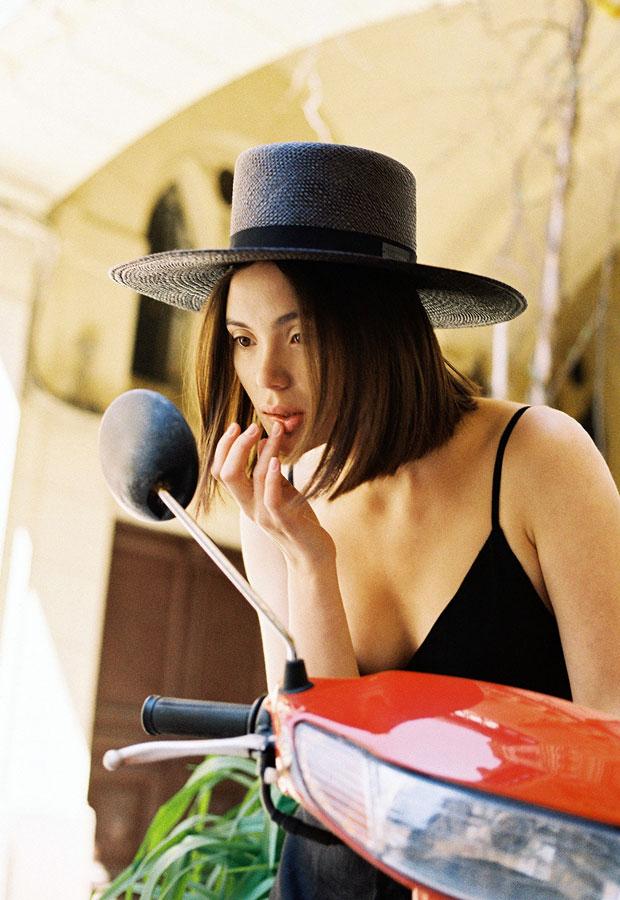 Paris+Hendzel — dámský slaměný klobouk — panama — letní — tmavě fialový
