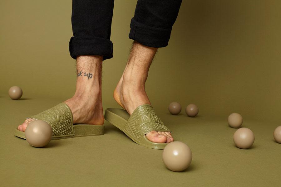 Slydes — zelené letní pantofle — pánské, dámské — nazouváky (slides)