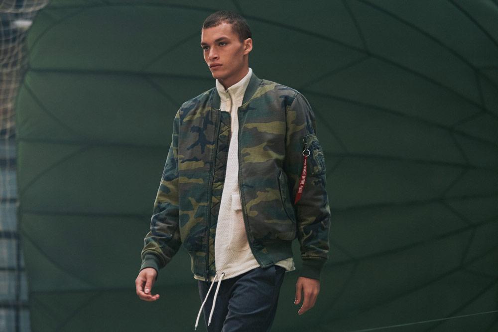 Alpha Industries — pánský bomber — jacket — zelený maskáčový (camo)