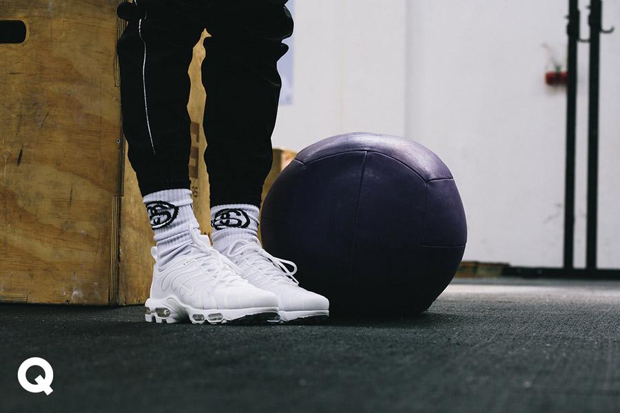 Queens x Kamila Pavlíčková — lookbook — CrossFit — dámské boty Nike WMNS Air Max Plus TN Ultra — bílé