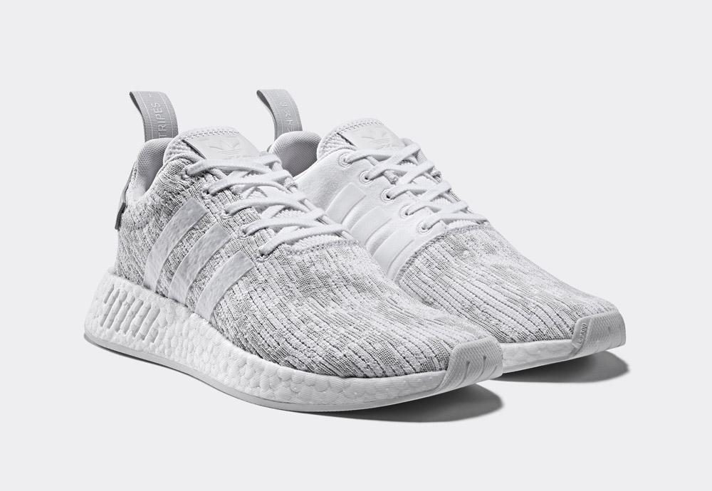 adidas Originals NMD_R2 — boty — tenisky — sneakers — dámské — světle šedé