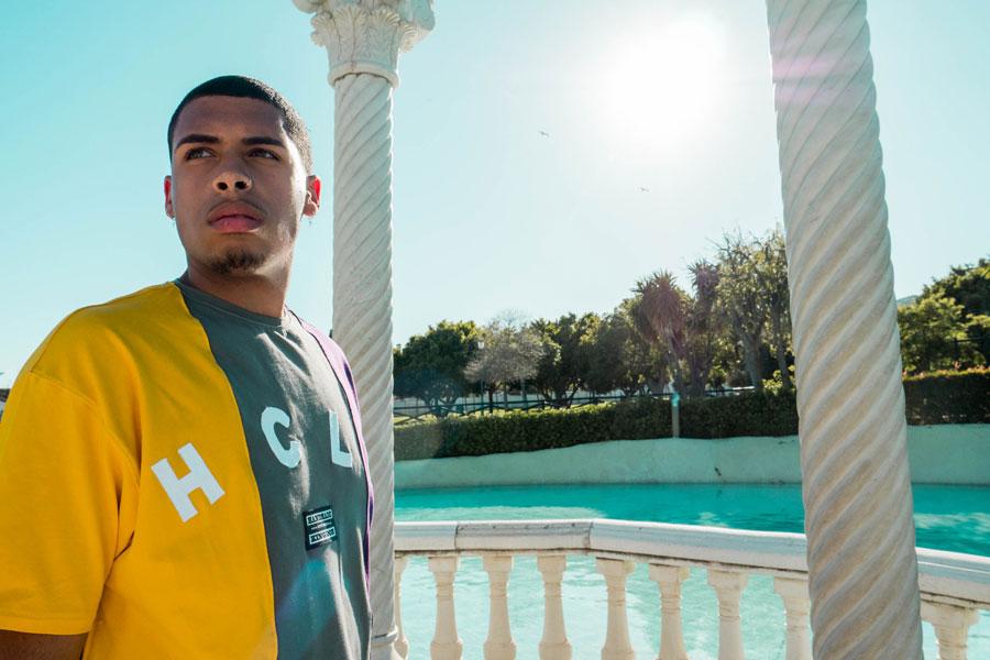 Hurthado Clo' — fialovo-zeleno-žluté tričko