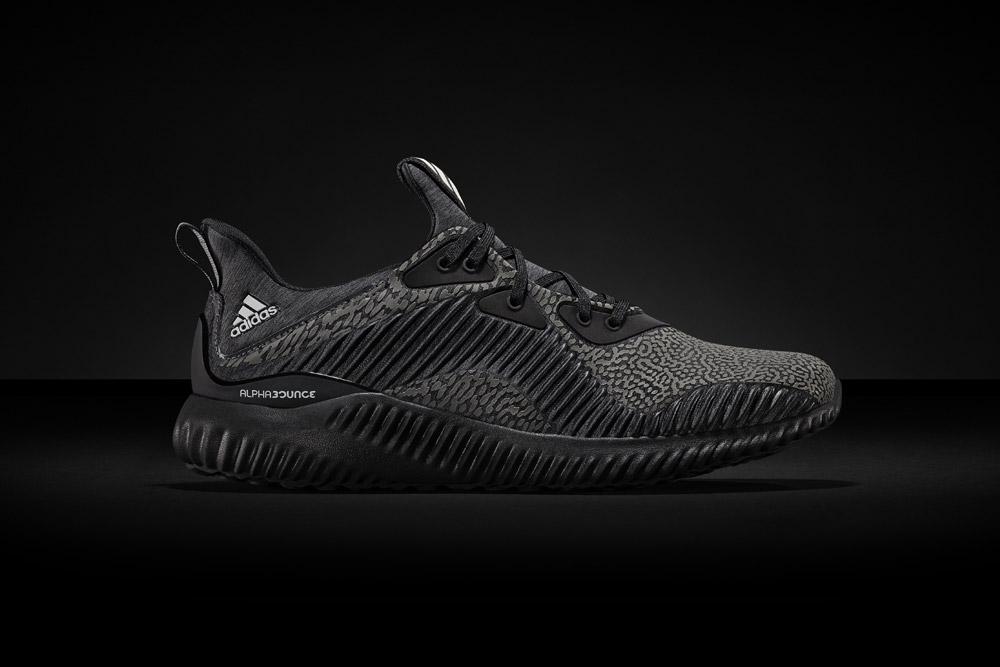 adidas alphabounce Reflective Black — běžecké boty — reflexní tenisky — sneakers — running shoes — pánské, dámské — černé