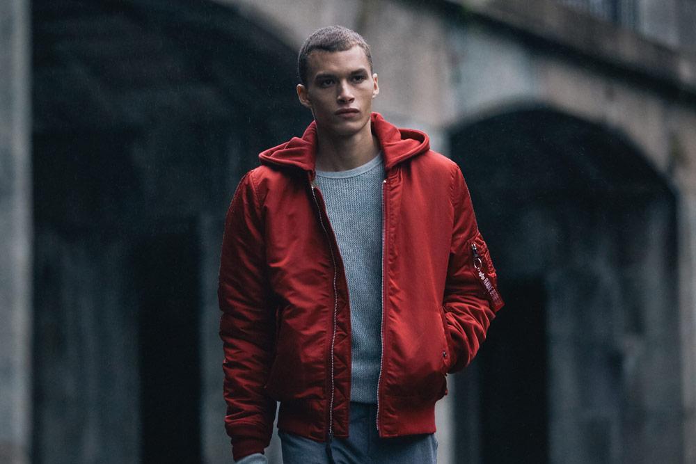 Alpha Industries — pánský bomber s kapucí — červený (red) — bomber hoodie jacket