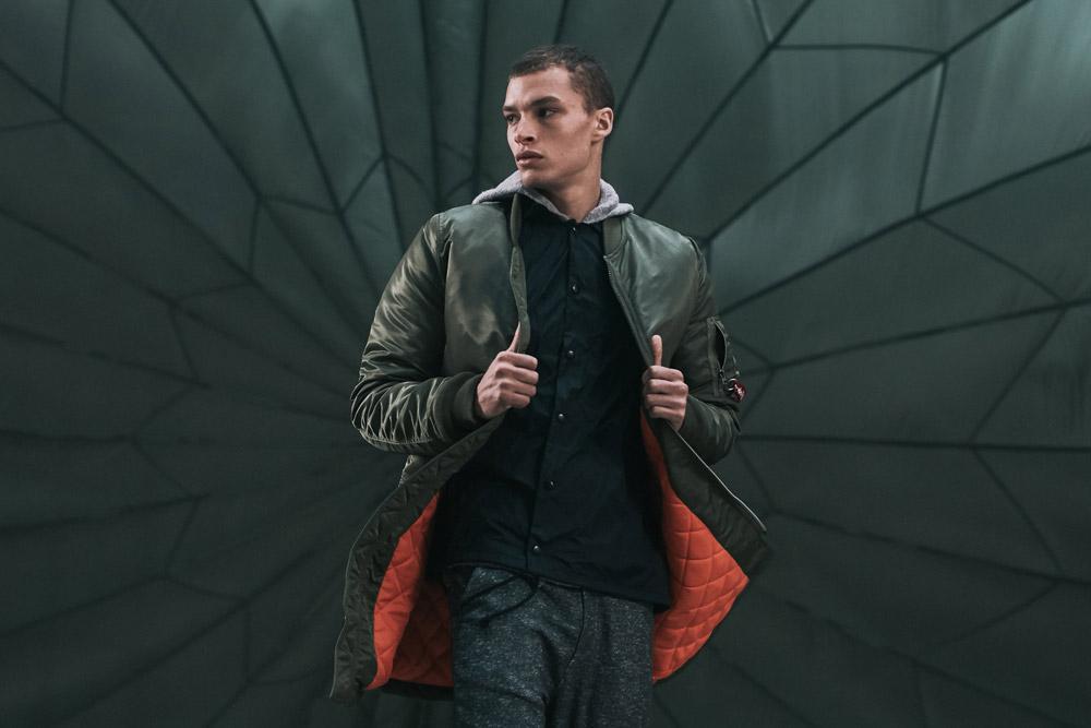 Alpha Industries — podzimní dámská dlouhá bunda bez límce, dlouhý bomber — bledě růžová — women light pink long bomber jacket