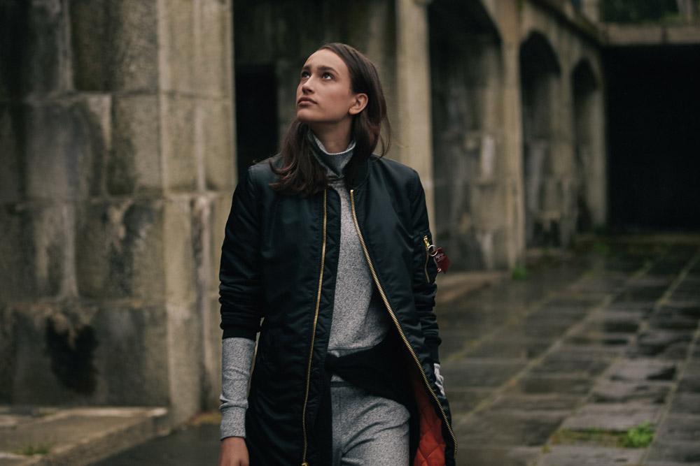 Alpha Industries — podzimní dámská dlouhá bunda bez límce — modrá — women blue long bomber jacket